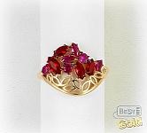 Золотое кольцо с ювелирными кристаллами