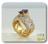 Серебряное кольцо с синтетическим рубином