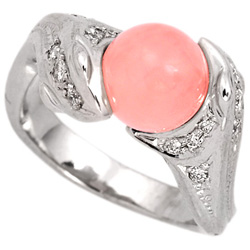 Кольцо с розовым жемчугом