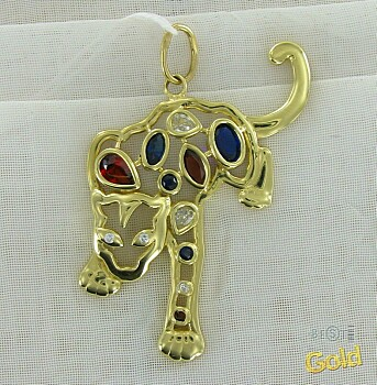 Эта золотая подвеска леопард привлекает внимание и прекрасно дополнит...