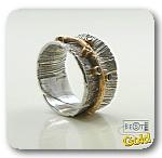 Серебряное кольцо со шпинелью