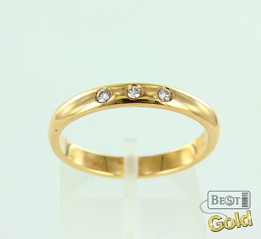 Золотое кольцо с бриллиантом обручальное кольцо