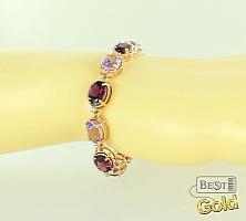 Золотой браслет с полудрагоценными камнями и фианитами