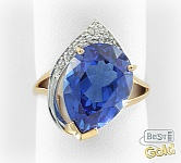Золотое кольцо с искусственным сапфиром и фианитами