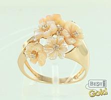 """Золотое кольцо с перламутром и фианитами """"Цветы"""""""