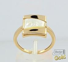 Золотое кольцо с перламутром