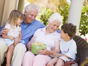 драгоценный подарок для бабушки