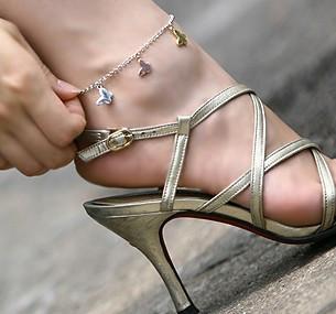 браслет на ногу